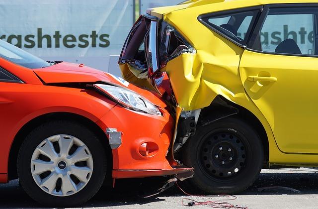 Evita los accidente y elige correctamente el seguro de auto